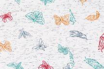 Jersey Stoff bedruckt mit Federn oder Schmetterlingen auf weiß meliert 001