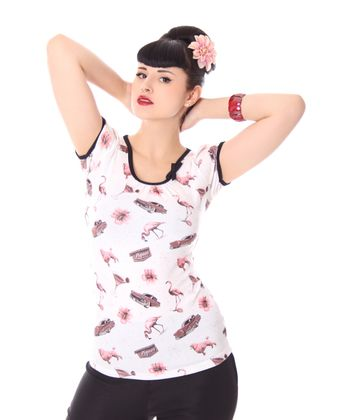 Vegas Flamingo Girl Doll Puffärmel T-Shirt v. Liquor Brand