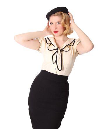 Dollydi 50s Style retro Schluppen Rüschen Kragen Bluse v. SugarShock – Bild 8