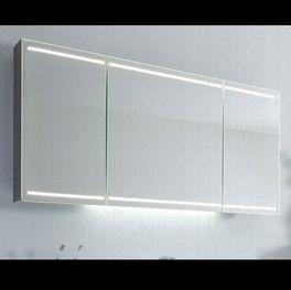Bad Spiegelschrank