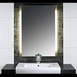 Badspiegel mit Leuchte