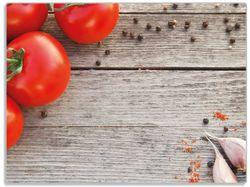 Glasunterlage Tomaten und Gewürze auf altem Holztisch – Bild 1