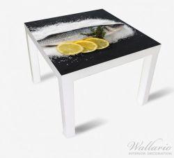 Möbelfolie Fischmenü - Frischer Fisch auf Salz mit Zitronen – Bild 2