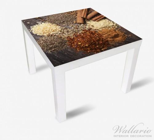 Möbelfolie Aromatische trockene Gewürze in der Küche – Bild 1