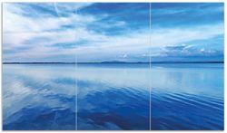 Herdabdeckplatte Blaue Meeresbucht in Italien mit Spiegelung im Wasser