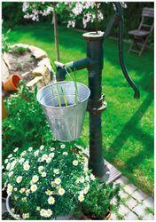 Wandbild Wasserquelle im Garten – Bild 1
