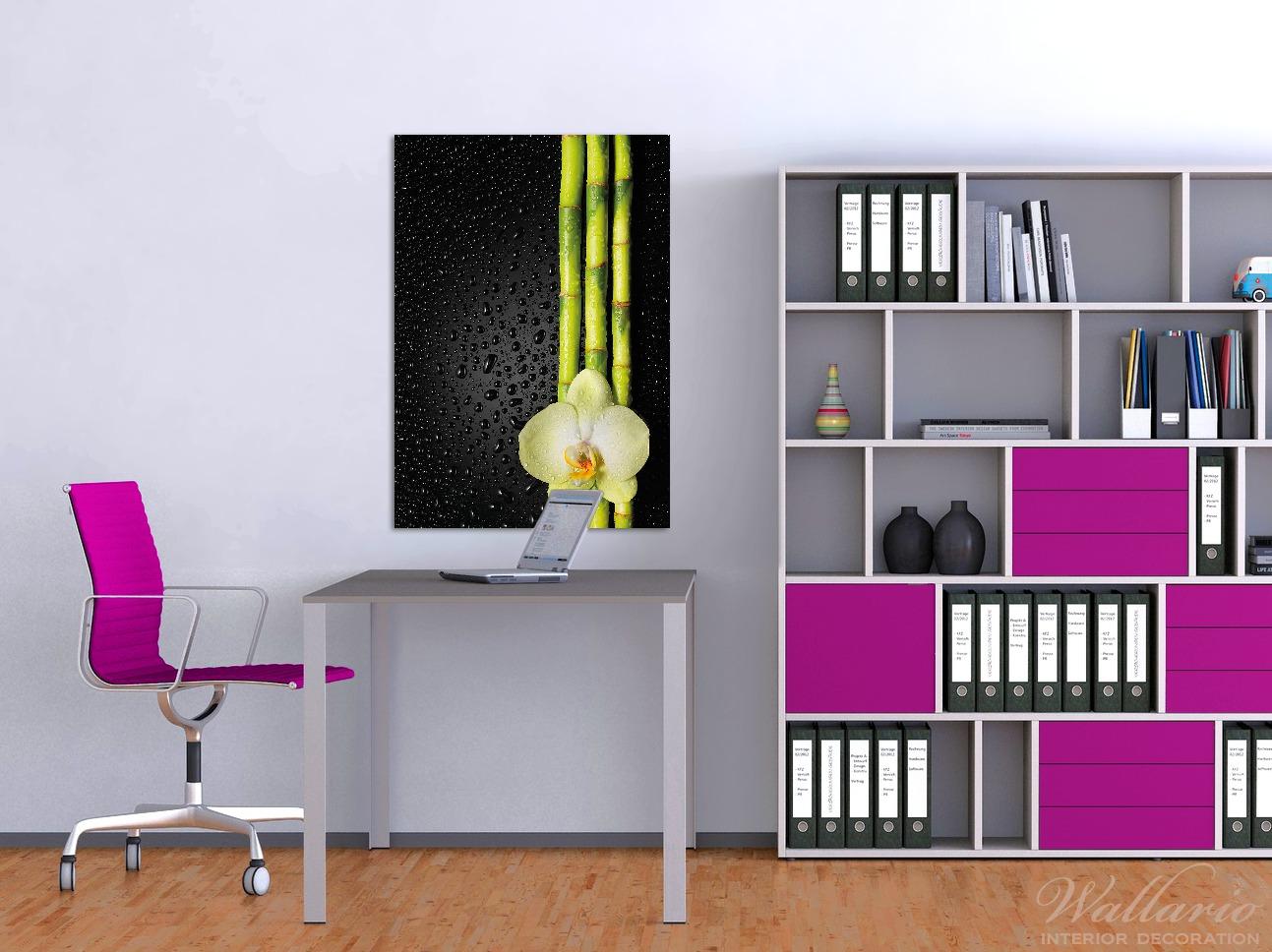 Wandbild Grüne Orchidee mit Bambus auf schwarz - Regentropfen – Bild 2
