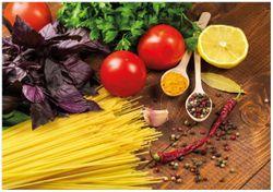 Wandbild Italienisches Menü mit Spaghetti, Tomaten, Basilikum und Gewürzen – Bild 1