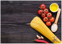 Wandbild Italienisches Menü mit Spaghetti, Tomaten, Salz und Chilschoten – Bild 1