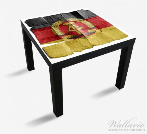 Möbelfolie DDR Flagge auf altem Papier - schwarz rot gold – Bild 1