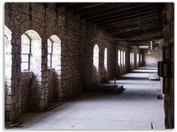 Glasunterlage Altes Bauwerk - stillgelegte Fabrik  – Bild 1