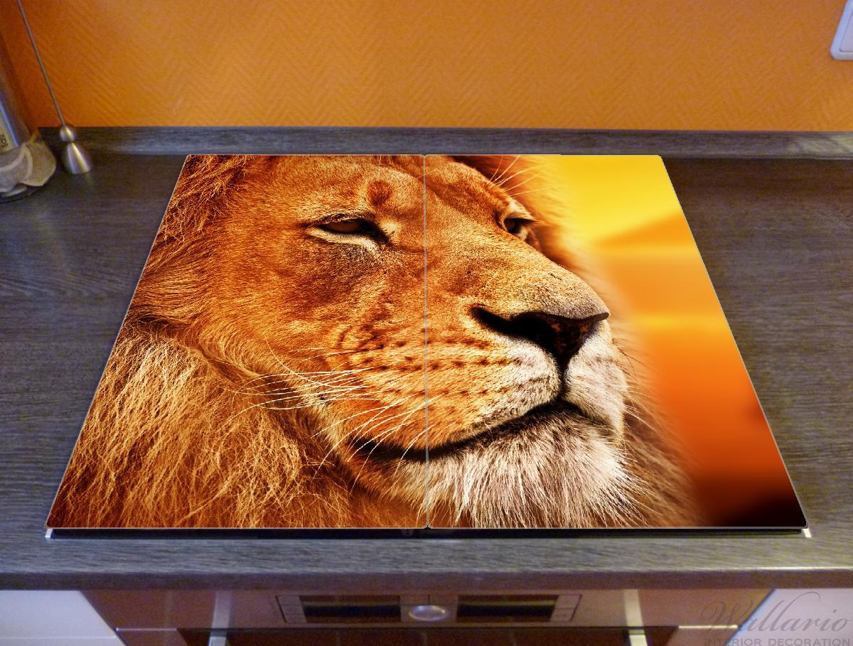 Herdabdeckplatte Prächtiger Löwe in der Savanne – Bild 2