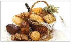 Herdabdeckplatte Brot und Brötchen im eleganten Korb - mit Wein und Getreide – Bild 1