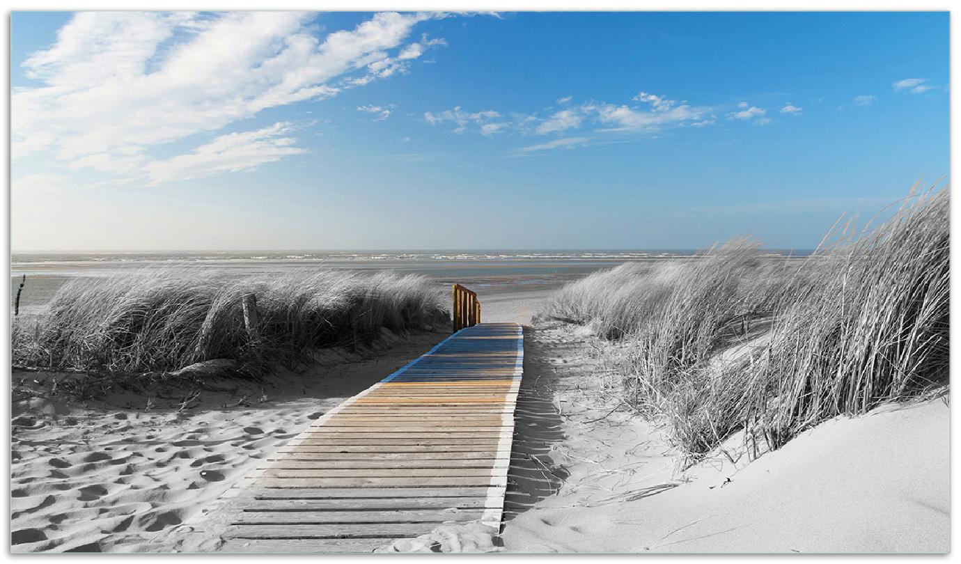 Herdabdeckplatte Auf dem Holzweg zum Strand in schwarz-weiß Optik – Bild 1