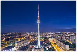 Vliestapete Fernsehturm Berlin bei Nacht – Bild 1