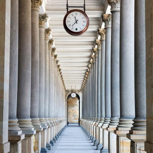 Möbelfolie Säulengang – Bild 3