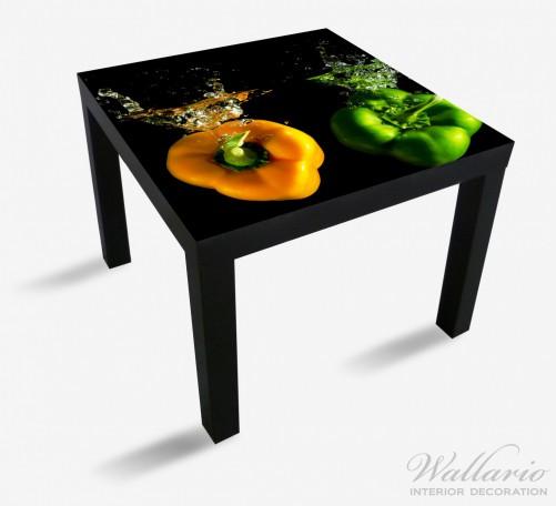 m belfolie bunte k che paprika in orange und gr n im wasser. Black Bedroom Furniture Sets. Home Design Ideas
