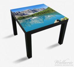 Möbelfolie Tiefblauer See mit Bergpanorama und Wäldern – Kanada – Bild 1