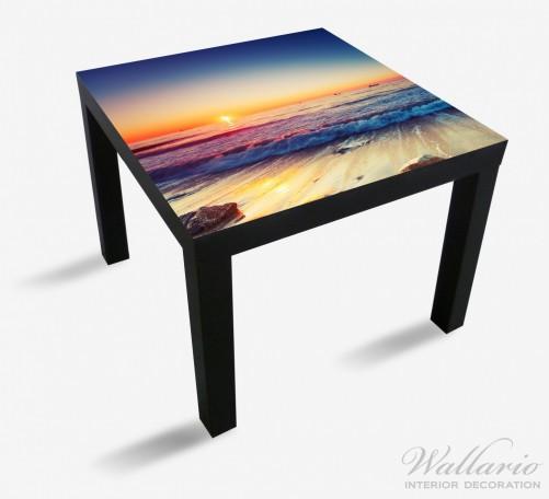 Möbelfolie Sonnenuntergang am Meer mit Wellen am Strand – Bild 1