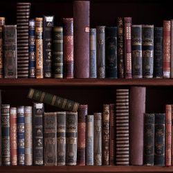 Möbelfolie Bücherregal mit alten Büchern – Bild 3