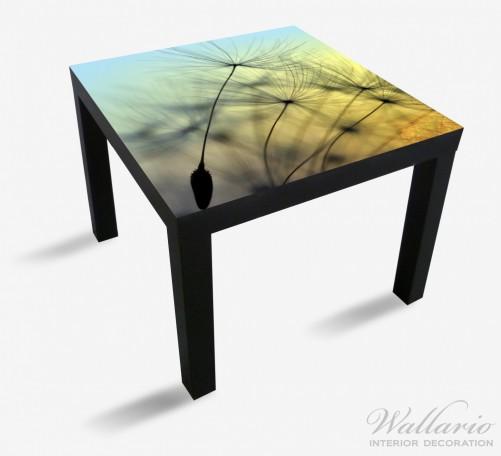Möbelfolie Samen der Pusteblume in Nahaufnahme vor blauem Himmel – Bild 1