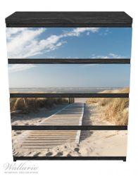 Möbelfolie Auf dem Holzweg zum Strand – Bild 1