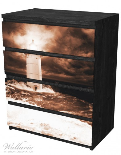 Möbelfolie Abstrakter Leuchtturm im Wasser bei stürmischer See – Bild 4