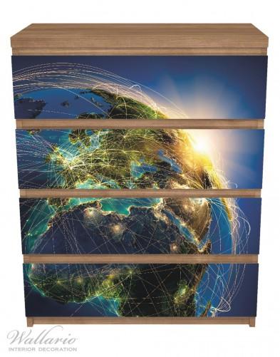 Möbelfolie Erde und Sonne im Weltall - Erde wird von der Sonne beleuchtet – Bild 3