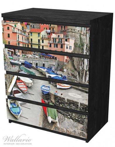 Möbelfolie Bunter Hafen in Italien – Bild 4
