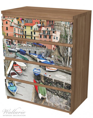 Möbelfolie Bunter Hafen in Italien – Bild 6
