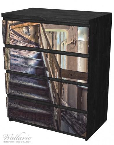 Möbelfolie Treppe in einem alten Haus – Bild 4