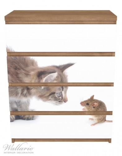 Möbelfolie Katze und Maus beim Spielen - weißer Hintergrund – Bild 3
