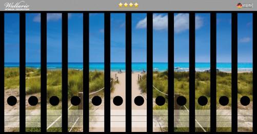 Ordnerrücken Sticker Sandweg zum blauen Meer mit blauem Himmel
