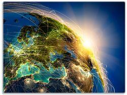 Glasunterlage Erde im Weltall im Sonnenschein – Bild 1