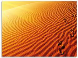 Glasunterlage Fußspuren im Sand - Sanddüne in der Wüste – Bild 1