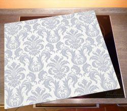 Herdabdeckplatte Königliche Schnörkelei in weiß und blaugrau – Bild 2