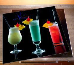 Herdabdeckplatte Bunte Cocktails vor schwarzem Hintergrund – Bild 2