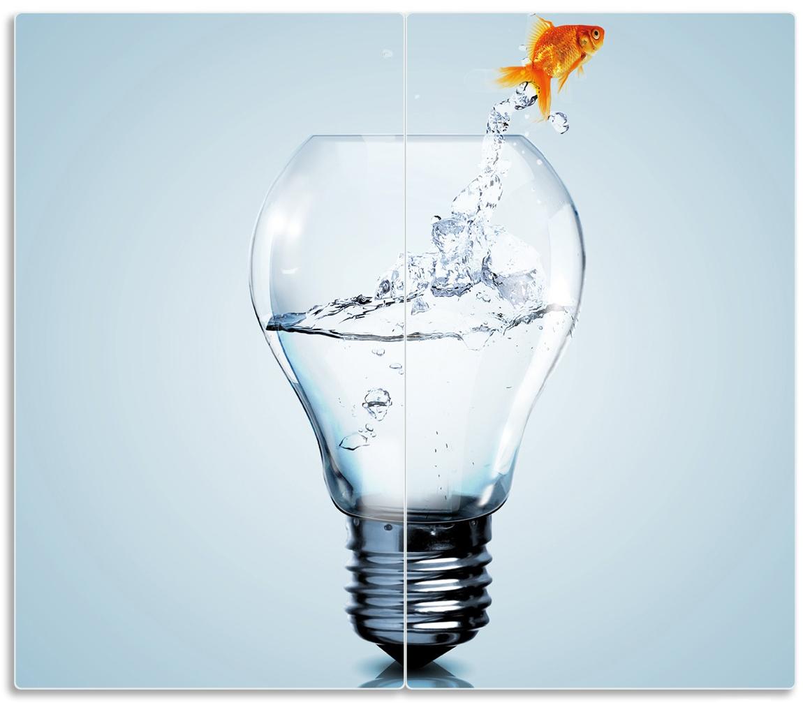 Herdabdeckplatte Goldfisch springt aus Aquarium – Bild 1