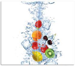 Herdabdeckplatte Obst-Eiswürfel-Mix im Wasser mit weißem Hintergrund – Bild 1