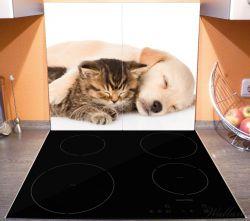 Herdabdeckplatte Katze und Hund in Harmonie - Kuschelnde Tiere – Bild 3