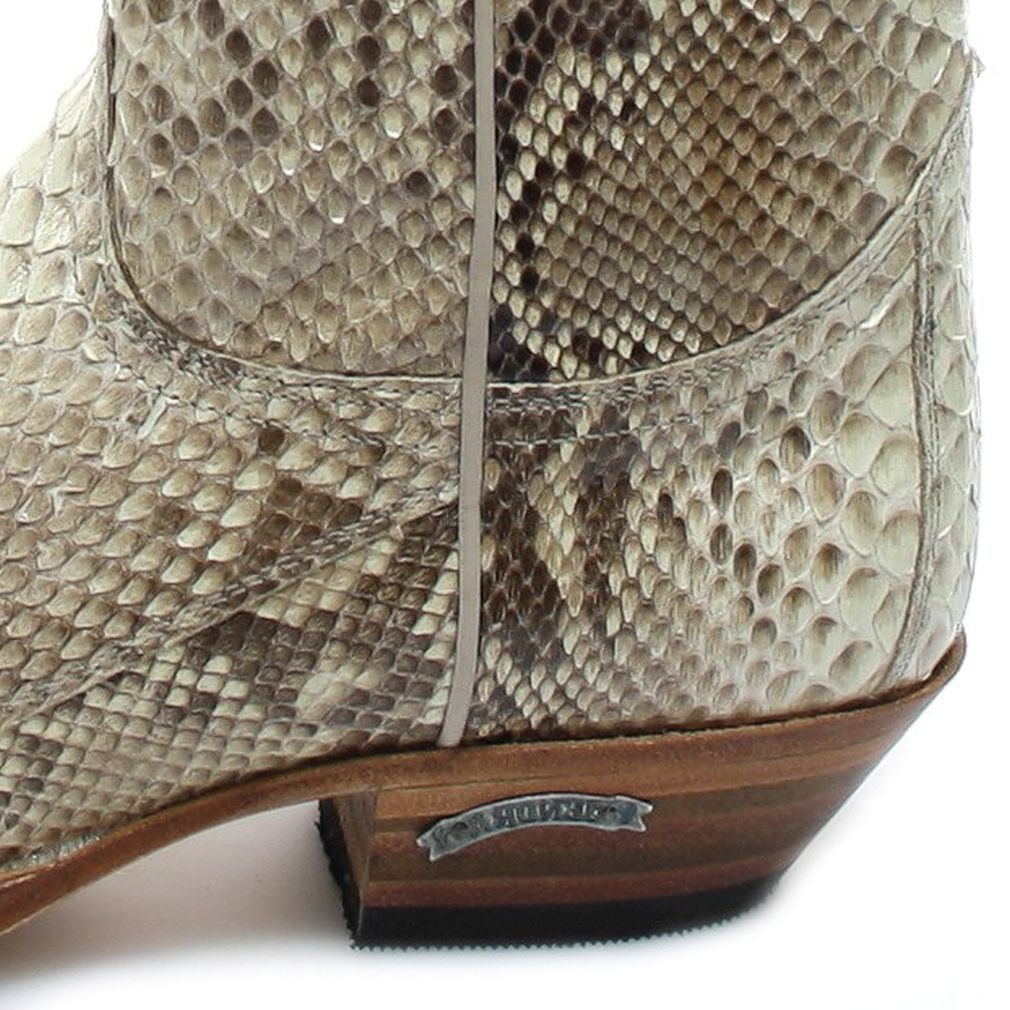 0dad5ef3d Sendra Boots 2966P Exotic-Western boot made of full python skin - natural –  Bild