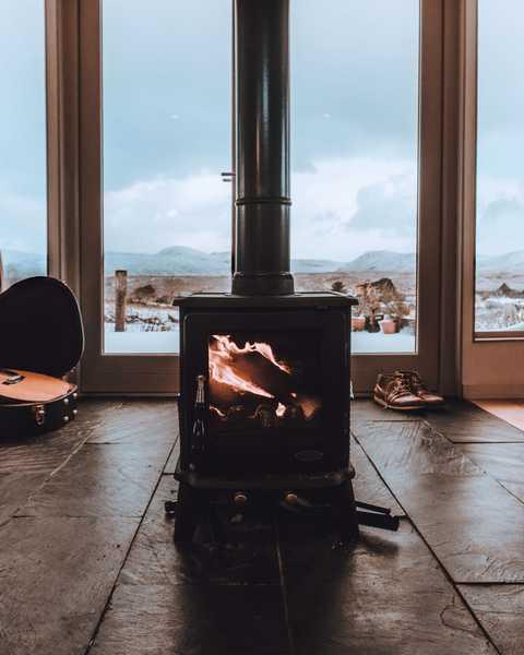 Kaminofen im Winter