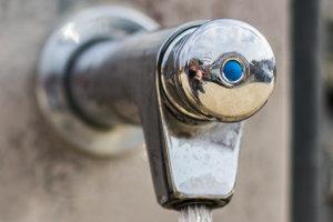 Kleiner Wasserhahn