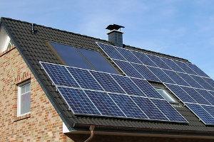 Solarthermie auf einem Hausdach