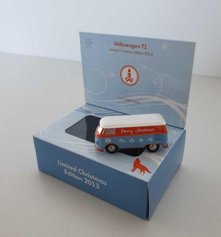 Original Volkswagen Modellauto T1 Limited Edition 2013 - Blue Christmas Kollektion