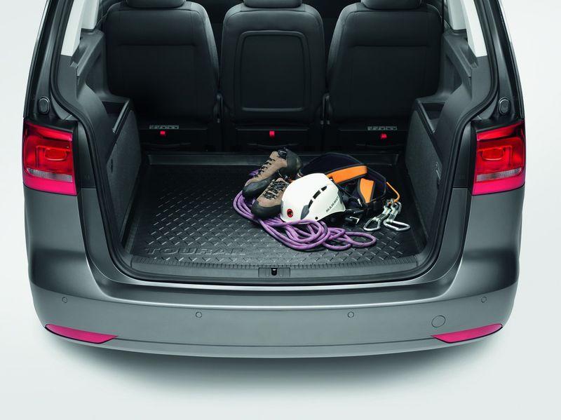 VW Touran Kofferraumwanne