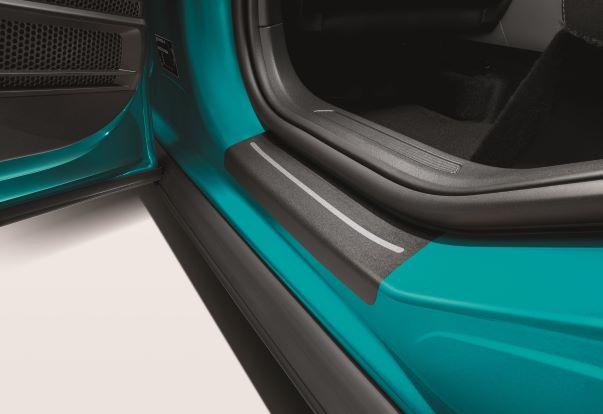 Volkswagen T-Cross  Schutzfolie für Einstiegsleiste schwarz/silber 4teilig