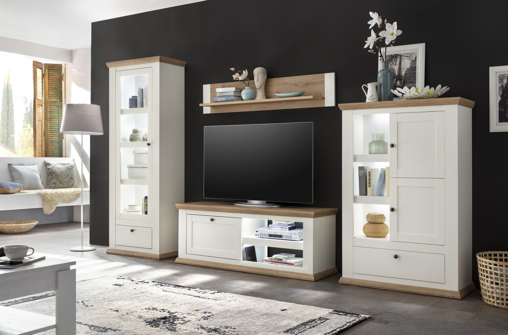 vitrine boston c massivholz weiss. Black Bedroom Furniture Sets. Home Design Ideas