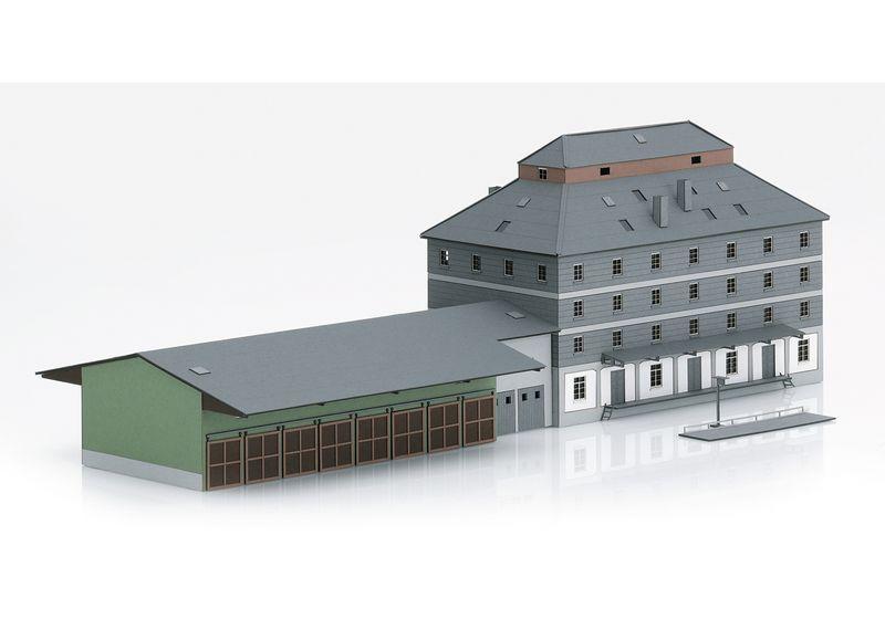 """Minitrix Spur N 66324 Bausatz """"Raiffeisen Lagerhaus mit Markt"""""""