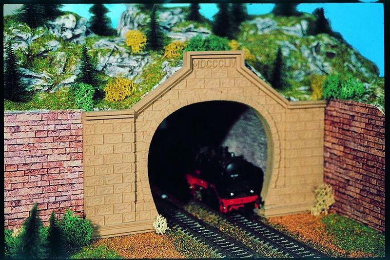 Vollmer 42505 H0 Tunnelportal Rheintal, zweigleisig, 2 Stück